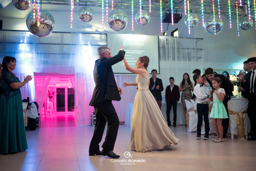 Pau book de 15 vestido fiesta baile entrada fifteens emoción sonrisas ideas geniales originales #gonzaloacevedofotografia gonzalo acevedo