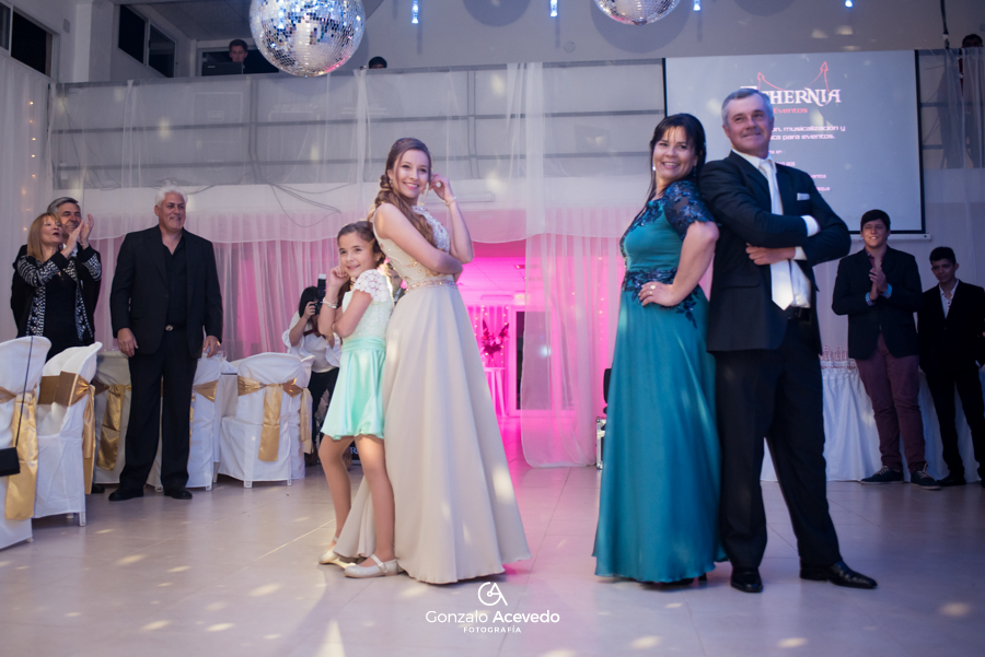 Pau book de 15 vestido fiesta familia baile entrada fifteens emoción sonrisas ideas geniales originales #gonzaloacevedofotografia gonzalo acevedo