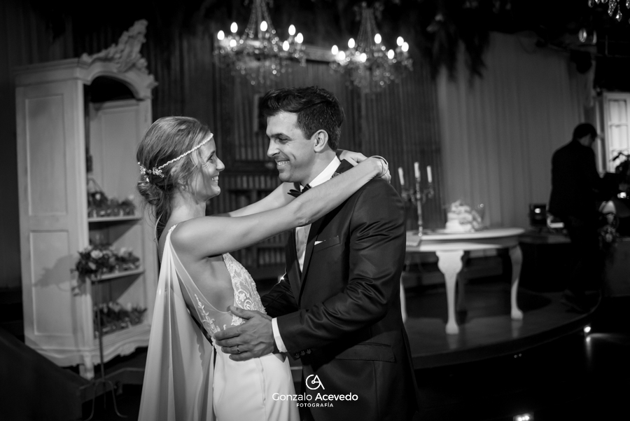 Caro y Ale boda iglesia emoción ideas originales #gonzaloacevedofotografia gonzalo acevedo