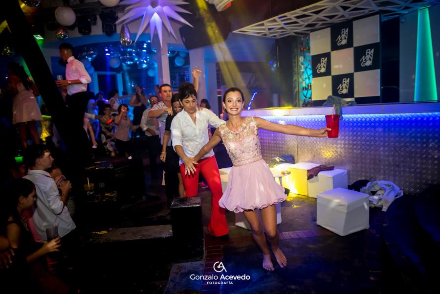 Lara book de 15 fiesta emoción baile joda risas  ideas originales genial  #gonzaloacevedofotografia gonzalo acevedo