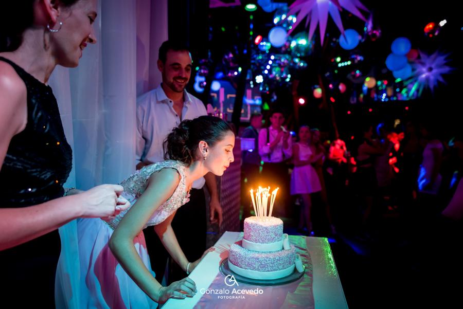 Lara book de 15 pastel velas fiesta emoción baile joda risas  ideas originales genial  #gonzaloacevedofotografia gonzalo acevedo