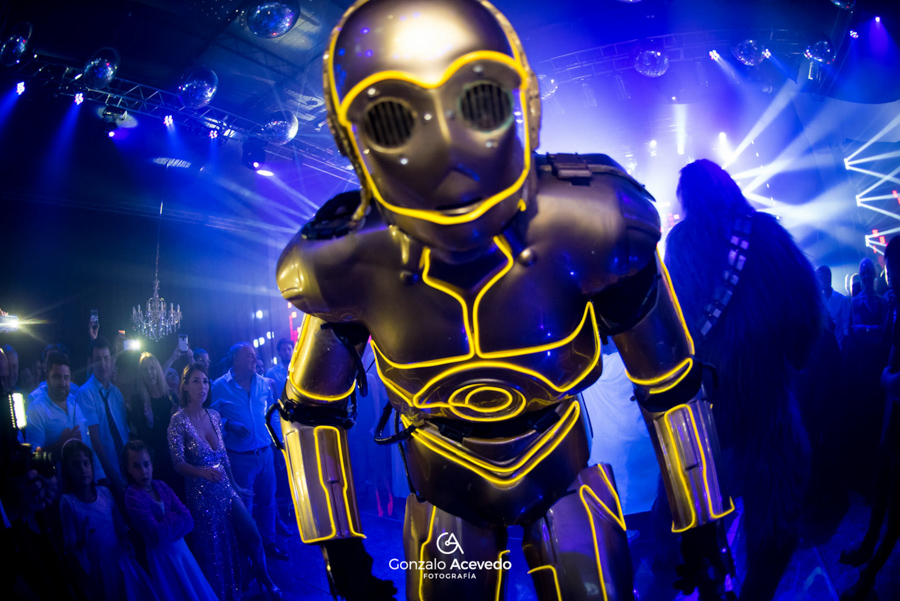 fiesta evento noche de quinces Tromb Show robots Clari Lorena Nobile #gonzaloacevedofotografia