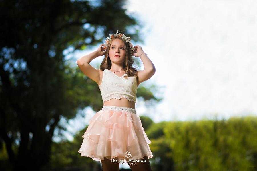 book de 15 de campo con vestido y corona de flores Gri Becker